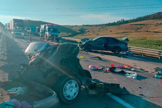 En la frontera Puebla-Hidalgo, choque deja cinco muertos