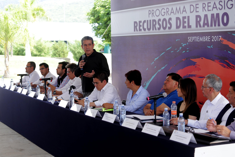 Ofrece transparencia Diódoro Carrasco en la reconstrucción