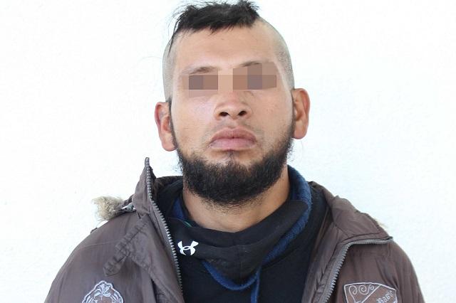 Transportista libra atraco y secuestro en la México- Puebla