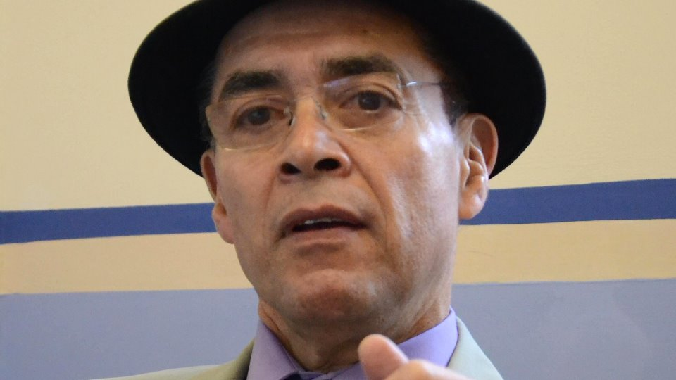 Los medios son influencia radical en  nuestras vidas, dice Carrillo Canán