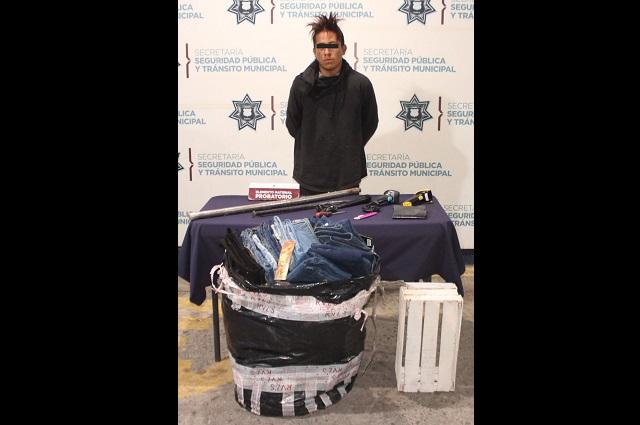 Roba boutique en el Centro de Puebla y es detenido