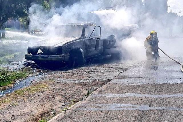 Se incendia pipa de gas en autopista México-Puebla