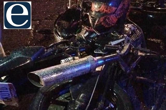 Motociclista sufre accidente en Aparicio y termina grave