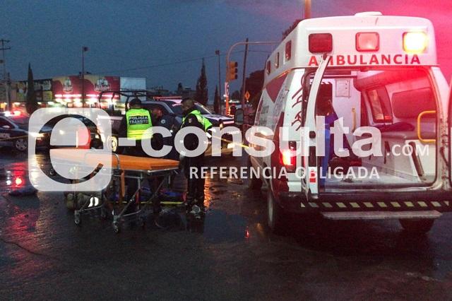 Motociclista es golpeado por grúa de San Pedro Cholula