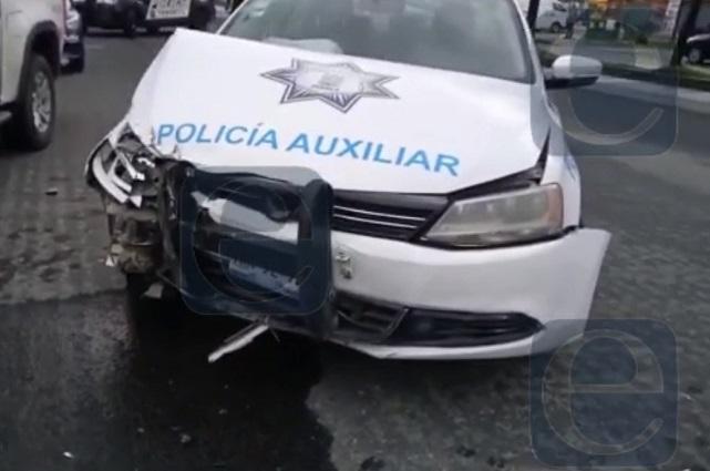 Patrulla choca con tráiler en la federal Puebla- Tlaxcala