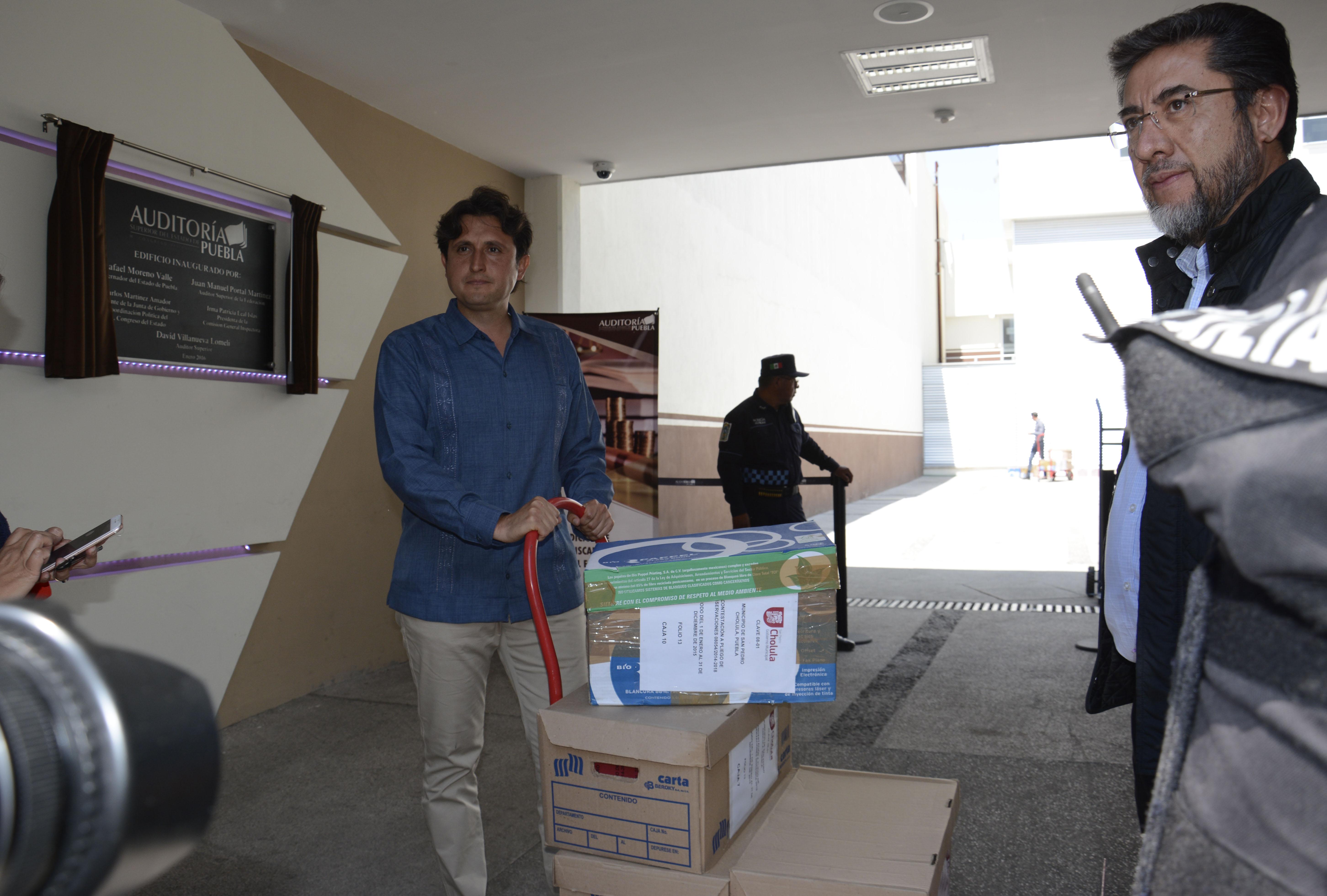 Entrega San Pedro Cholula a la ASE documentos para solventar observaciones