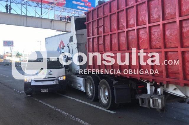 Carambola deja lesionados y el cierre de la México- Puebla