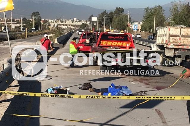 Muere ciclista colisionado en Periférico Ecológico