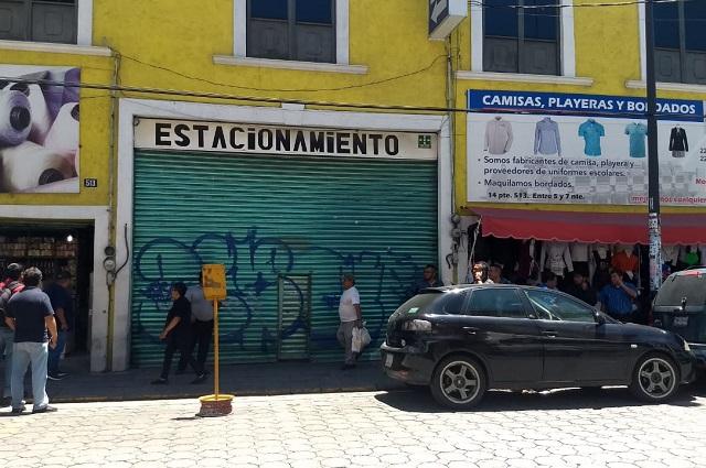 Muere al caer de 3 metros en inmueble del centro de Puebla