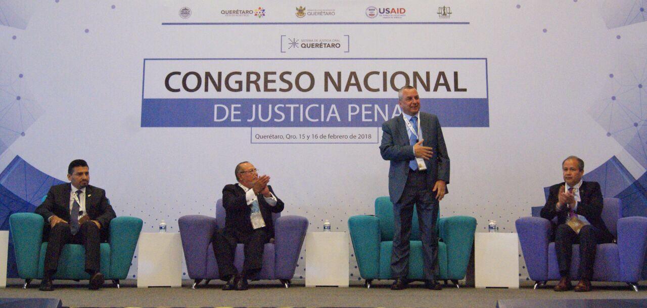 Fiscal de Puebla participó en Congreso de Justicia Penal