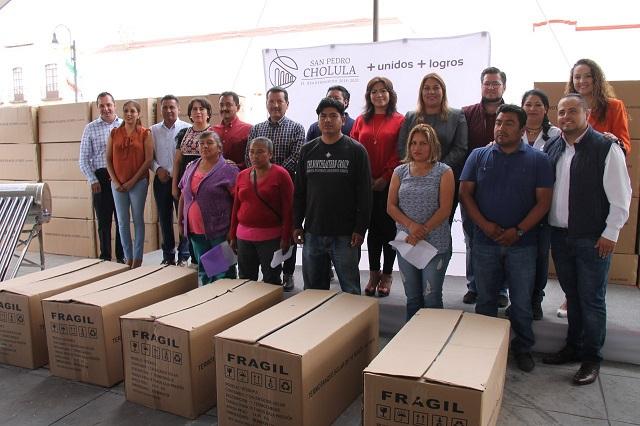 Calentadores solares para 230 familias, en San Pedro Cholula