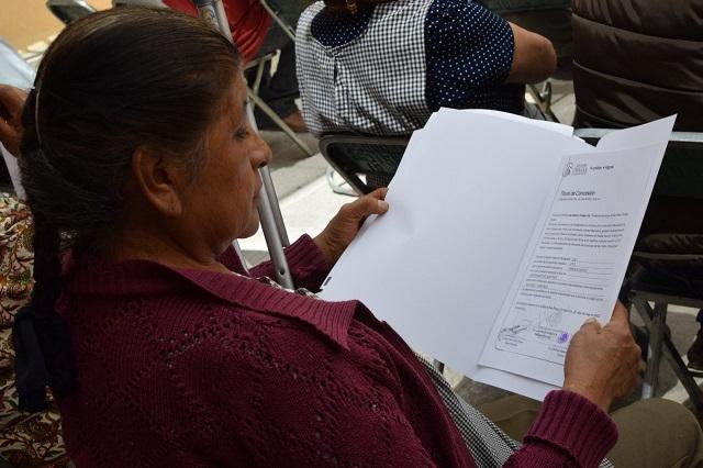 Dan a comerciantes certeza jurídica en San Pedro Cholula