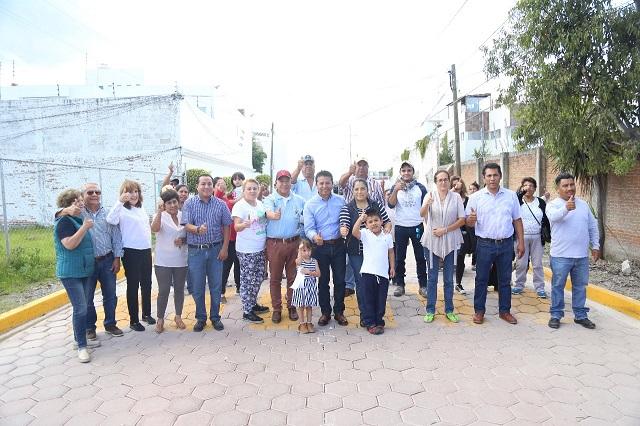 Logramos un mejor lugar para vivir, dice Pérez Tenorio al rendir Informe