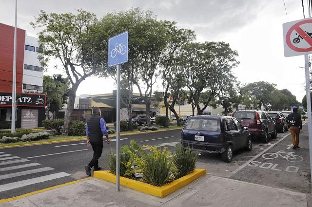 Asaltan a cuentahabiente en Huexotitla; pudo ser autorobo