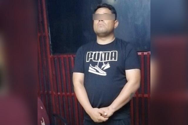 Va a proceso a ex jefe de penal de Cholula por meter droga