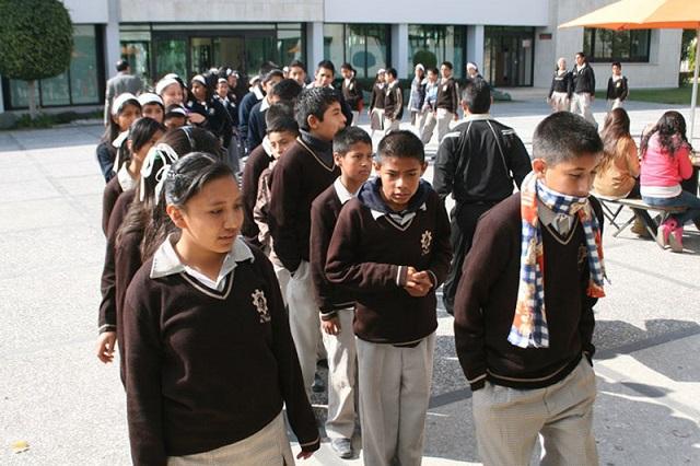 Poblanos tienen hasta secundaria como promedio de estudios: SEP
