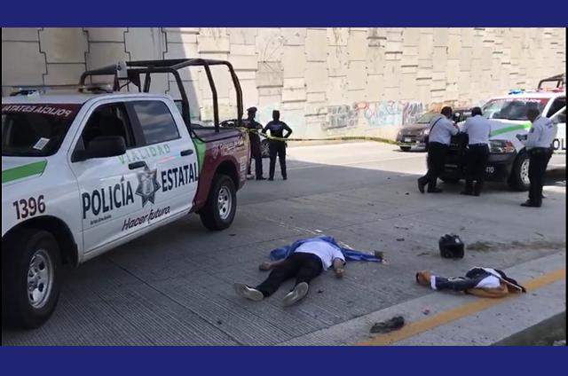 Muere motociclista al derrapar en Periférico, cerca de La Vista