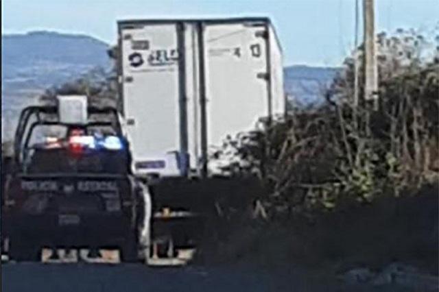 Recuperan camión de abarrotes robado en San Martín Texmelucan