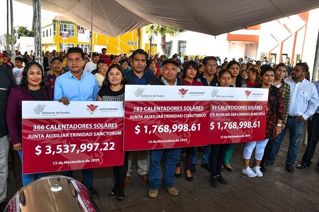 Entregan 952 calentadores solares a familias de Cuautlancingo