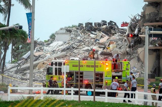 Por derrumbe en Miami van 4 muertos y 159 desaparecidos