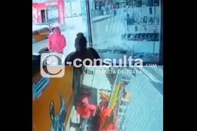 Queda grabado asesinato de comerciante en Tochtepec
