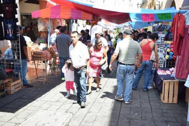 Acumula Ayuntamiento de Puebla quejas por invasión de ambulantes
