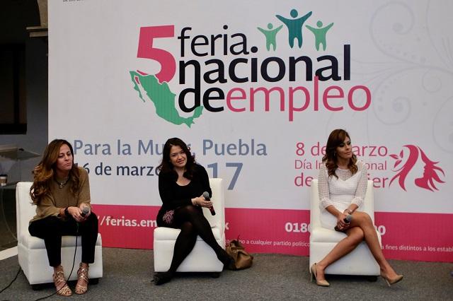 Ofrecen 1,300 empleos en Feria para la Mujer