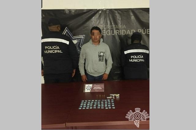 Capturan a narcomenudista con cocaína, en Texmelucan