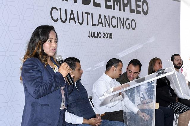 Feria de Empleo en Cuautlancingo vincula a 1, 300 personas con 61 empresas