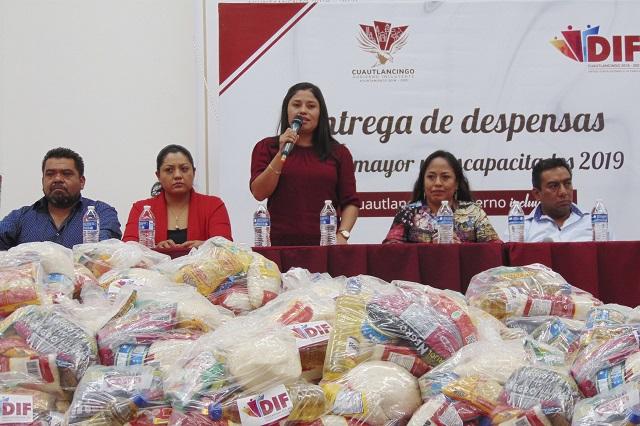 SMDIF Cuautlancingo entrega despensas a mil 360 familias