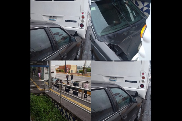 Automóvil termina debajo de un RUTA en Las Ánimas