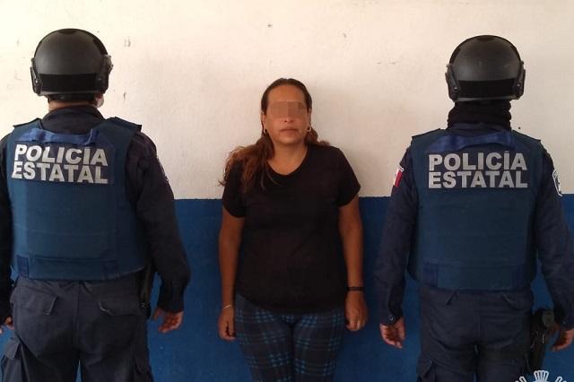 """Cae """"La Güera"""" en Zinacatepec con 52 dosis de cocaína"""