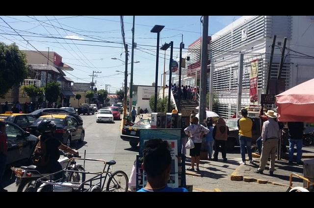 Vecinos de  Xochimehuacán se manifiestan contra violencia