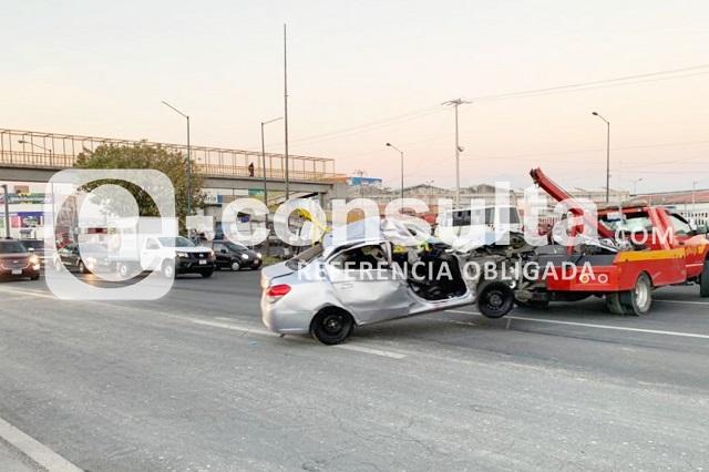 Choque contra camión de carga deja 1 muerto en Central de Abasto