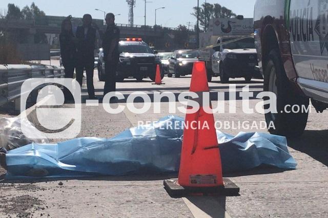 Muere atropellado debajo de puente peatonal en Periférico
