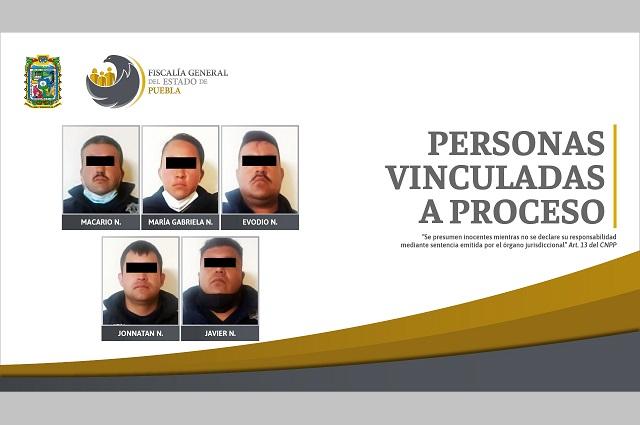 FGE aprehendió a 5 policías de Chignahuapan; van a proceso