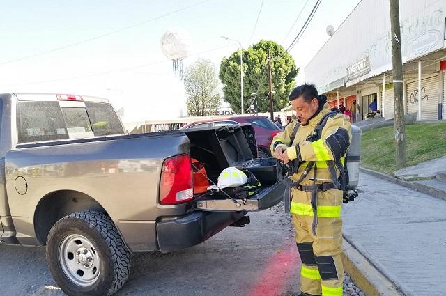 En obras del Bulevar Xonaca rompen tubería de gas