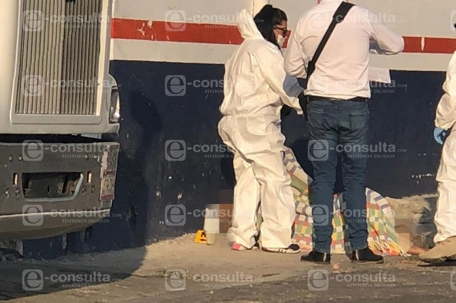 Hallan a un hombre sin vida en calles de Santa María la Rivera