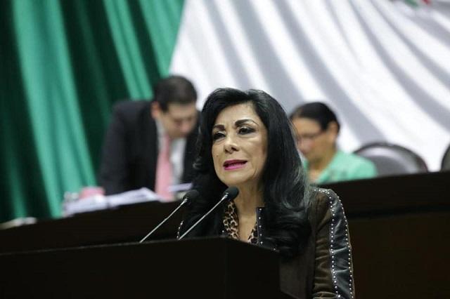 Busca Lucero Saldaña dirigencia del PRI y frenar a los ambiciosos
