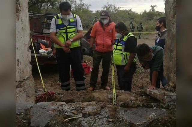 Hallan cadáveres en fosa clandestina de Hueytamalco