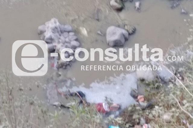 Atado, lo arrojan a barranca de Cuapiaxtla y muere ahogado
