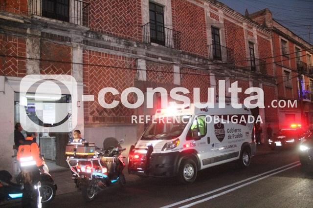 Mujer herida con arma blanca tras discutir con su pareja en Puebla