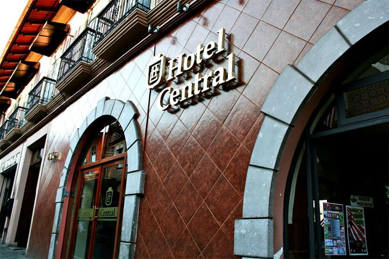 Aumenta ocupación hotelera y hay sobreoferta de cuartos disponibles