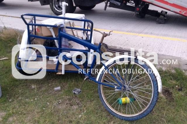 Conductor de triciclo muere tras choque en Periférico Ecológico
