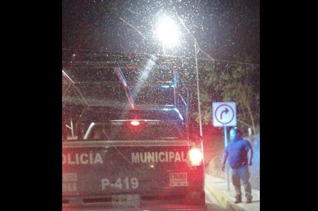 Lo golpean y le quitan su Uber en San Andrés Cholula