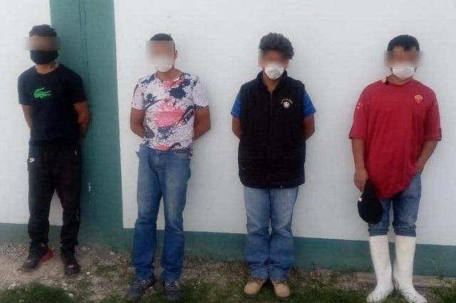 Con droga y armas, 6 presuntos delincuentes detenidos en Tepeaca