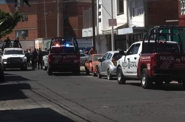 Detienen a dos asaltantes tras persecución policial en Puebla