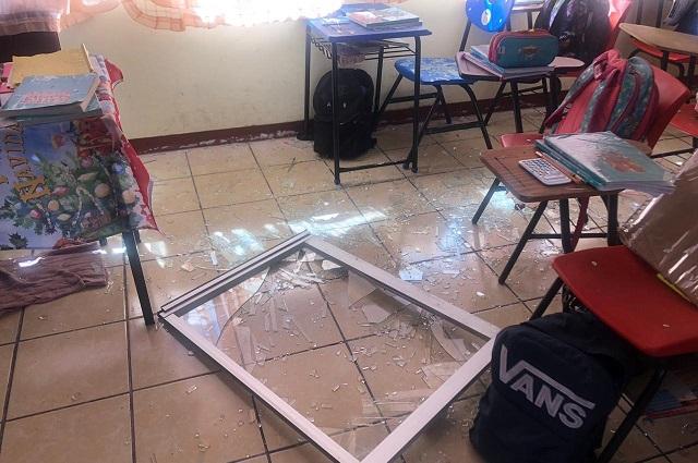 Evacuan 3 escuelas en Tepeaca por explosión de pirotécnia