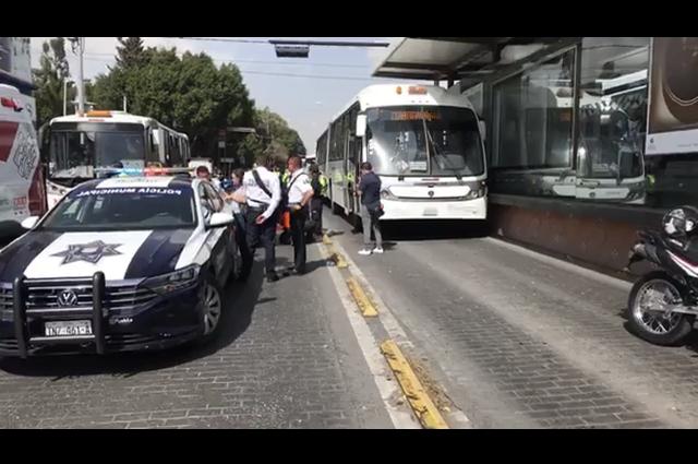 RUTA atropella a mujer y niño en el barrio de Santiago
