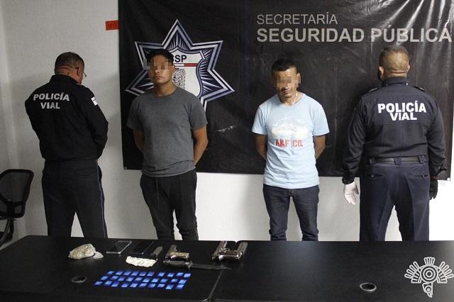 En retén de Hoy no circula caen dos narcomenudistas